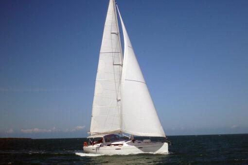 Tropical Island Yacht